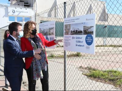 Foto de la visita al solar de la futura presó de dones