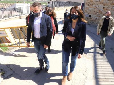 La consellera Budó durant la seva visita a Ascó.