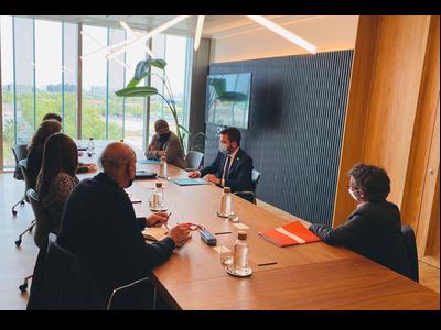 Fotografia del vicepresident, Pere Aragonès, a la reunió amb entitatsn educatives