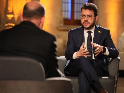 El president Aragonès durant una entrevista a tv3 (foto: Jordi Bedmar)