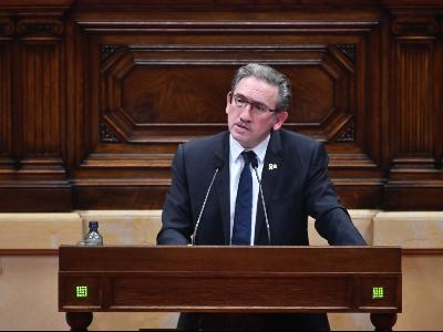 El conseller Giró durant la compareixença al Parlament