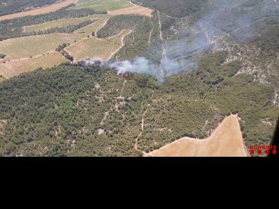 Imatge aèria de l'incendi a Querol (Alt Camp)