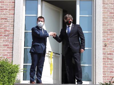 El presidents Pere Aragonès i Carles Puigdemont
