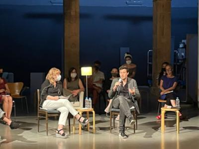 La consellera de Cultura i el nou director de l'Arts Santa Mònica
