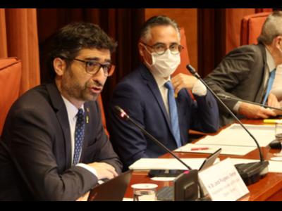 fotografia del vicepresident al Parlament