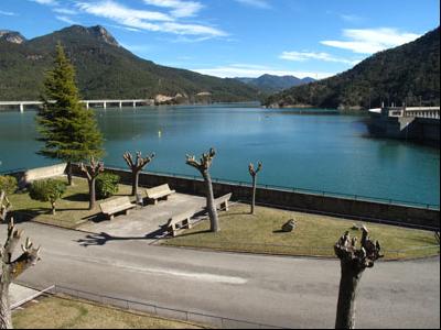 Embassament de la Baells, al Berguedà.