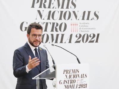 El president Aragonès a l'acte de lliurament dels Premis Nacionals de Gastronomia 2021 (foto: Jordi Bedmar)