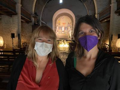 La consellera de Cultura, Natàlia Garriga, amb la directora del Dansàneu, Rut Martínez