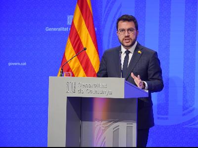 El president durant la seva compareixença (foto: Paco J. Muñoz)