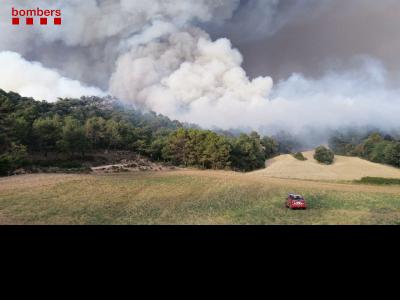 Imatge del pirocúmul de caràcter convectiu generat per l'incendi de Santa Coloma de Queralt