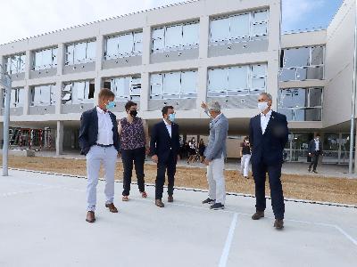 El president i el conseller d'Educació visiten dos nous centres que estrenaran edifici el proper curs 2021-2022