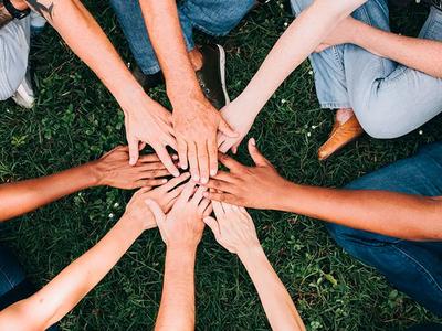 El Govern aprova la creació d'un programa per erradicar el racisme i la xenofòbia destinat a joves en el marc dels casals cívics