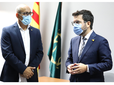 El president, amb l'alcalde de Banyeres del Penedès. Autor: Rubén Moreno