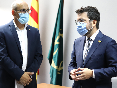 El president, amb l'alcalde de Banyeres del Penedès