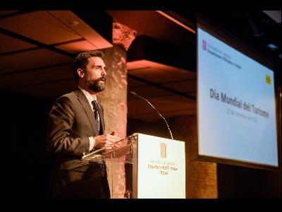 El conseller Torrent en l'acte de reconeixement del sector turístic català amb motiu del Dia Mundial del Turisme