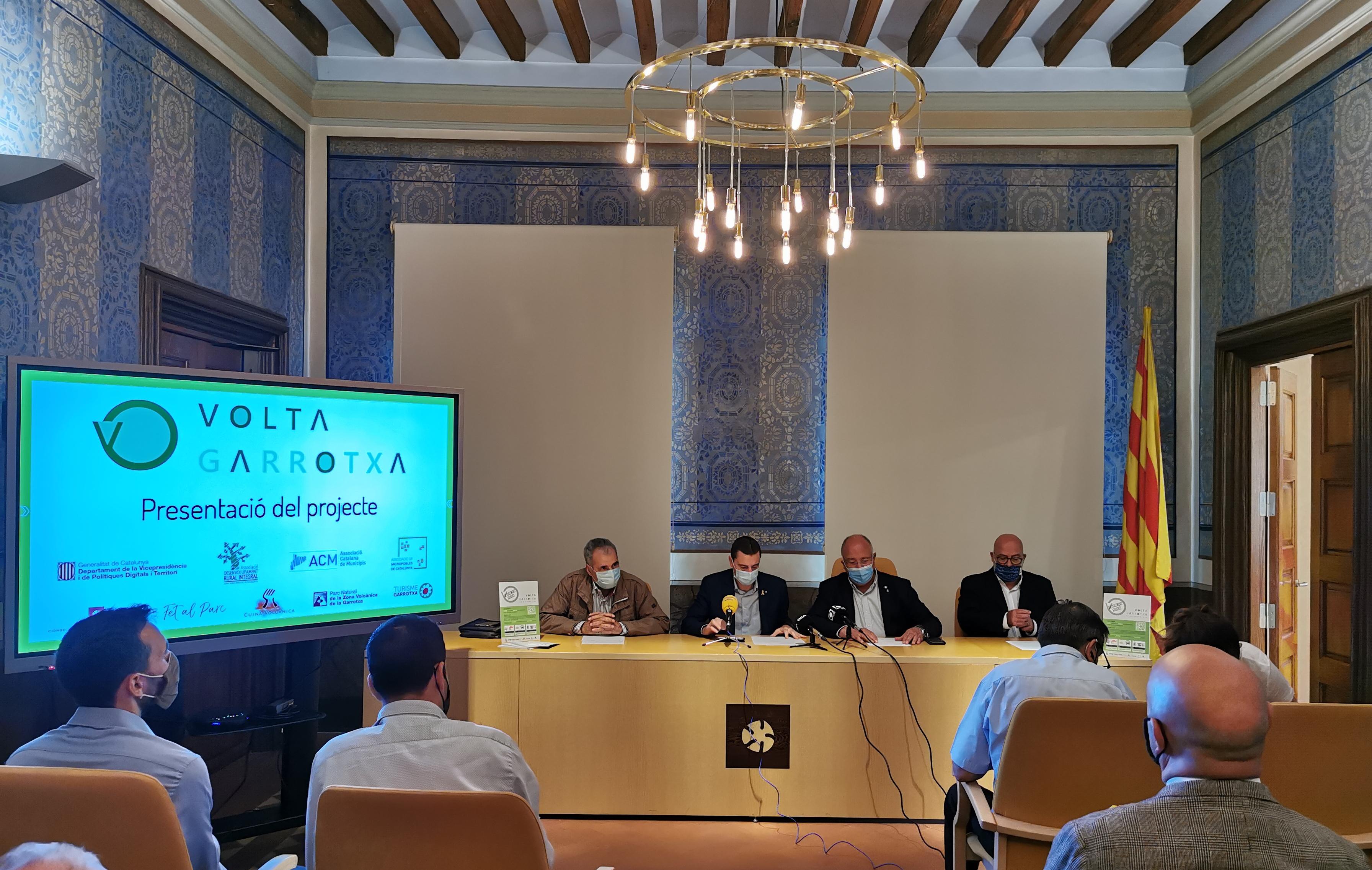 Presentació a la Garrotxa de la plataforma digital VOLTA, guanyadora de l'SmartCatalonia Challenge